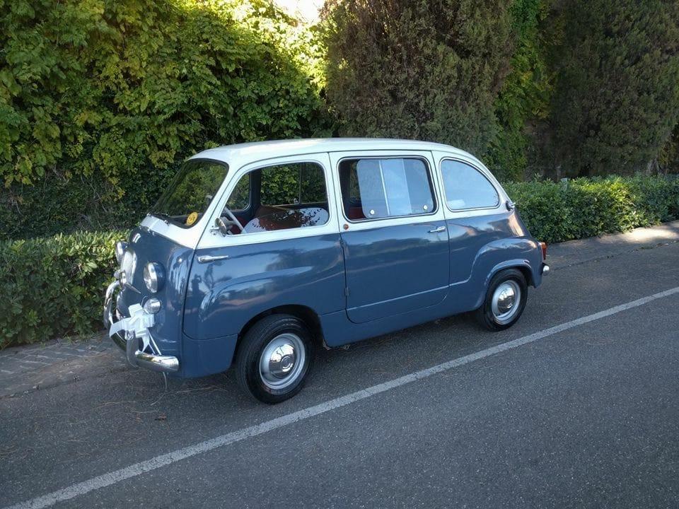 Noleggio auto d'epoca Fiat multipla anni 60  per matrimoni a Roma e tutta la provincia - noleggio auto matrimoni roma - noleggio auto matrimonio - noleggio auto d'epoca  - auto matrimoni roma