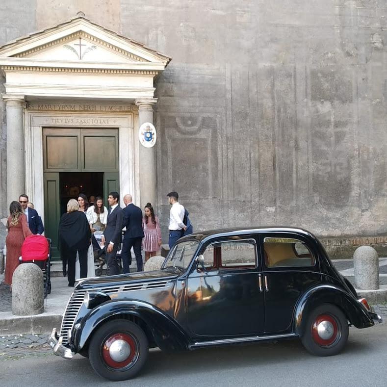 Noleggio auto d'epoca Fiato 1100 B del 48 per matrimoni a Roma e tutta la provincia - noleggio auto matrimoni roma - noleggio auto matrimonio - notte auto d'epoca