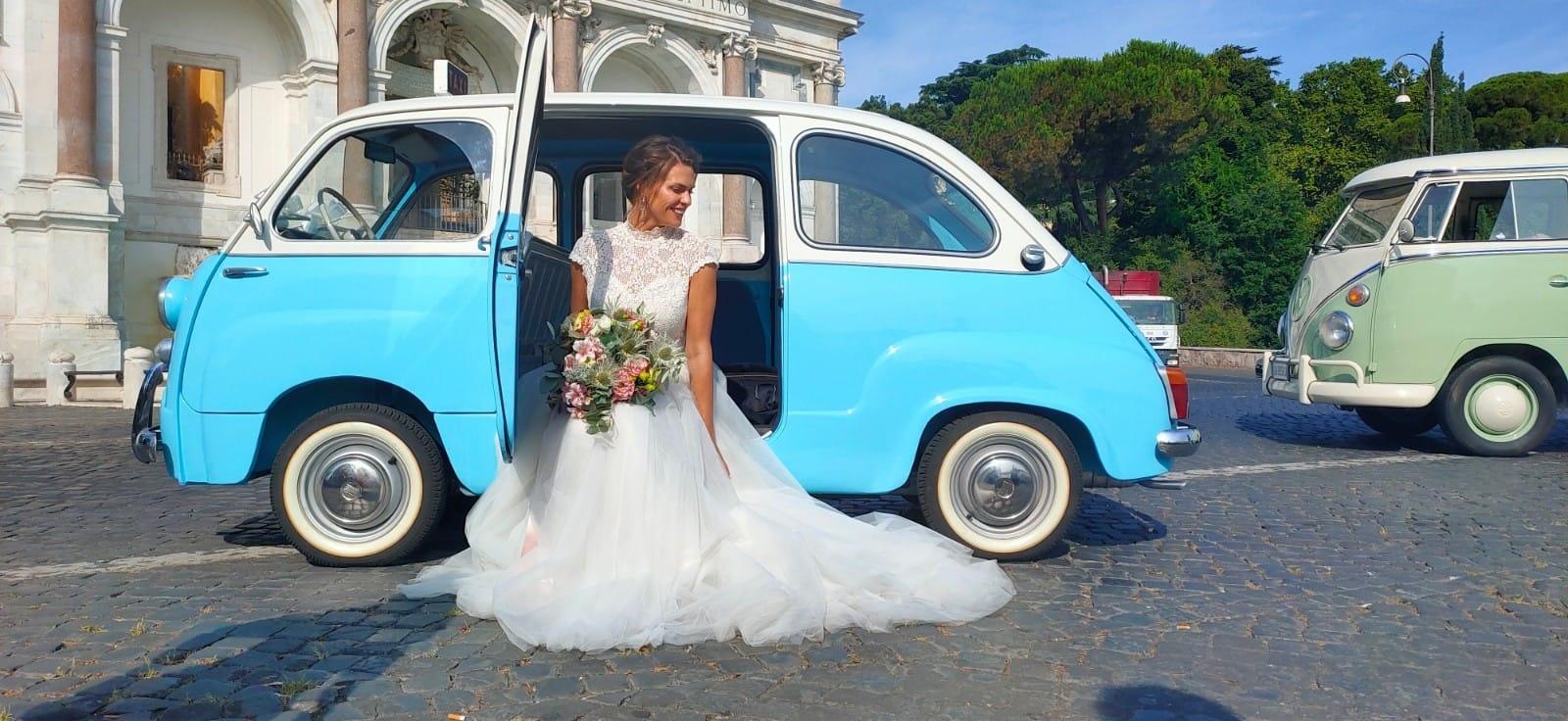 Fiat 600 Multipla top Vintage - noleggio auto d'epoca matrimoni - auto d'epoca matrimoni - auto per matrimonio - auto d'epoca per matrimonio - auto d'epoca roma - Noleggio Auto matrimoni - nozze auto - auto matrimonio Roma