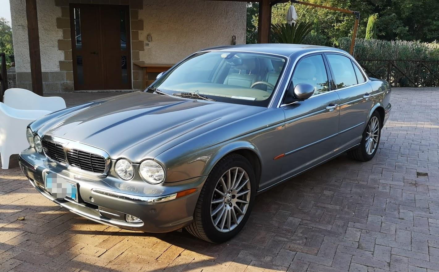 Jaguar XJ -  - Noleggio Auto matrimoni - nozze auto - auto matrimonio Roma