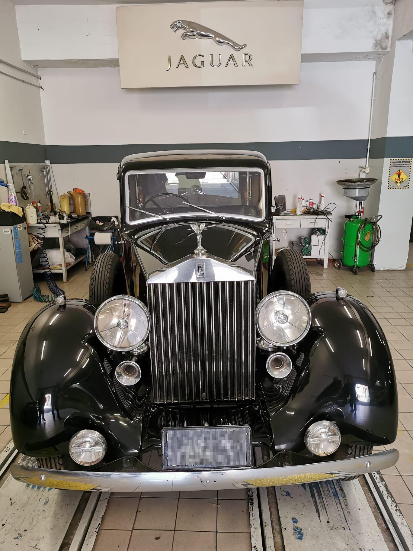 Rolls Royce Phantom del 1935 appartenuta al Re Farouk d'Egitto noleggio auto per matrimoni