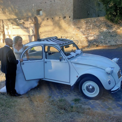 Noleggio auto matrimoni - Citroen 2CV Nozze in bianco - Auto d'epoca Matrimoni Roma