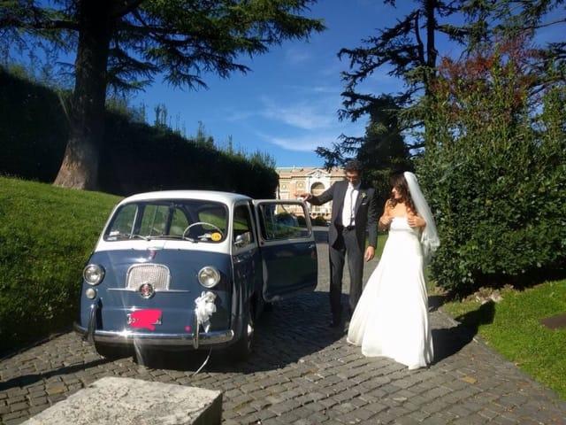 Noleggio auto matrimoni - Fiat 600 multipla anni 60 - noleggio auto storiche