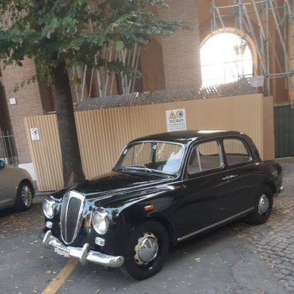 Noleggio auto matrimoni - Lancia Appia anni 50 - noleggio auto storiche