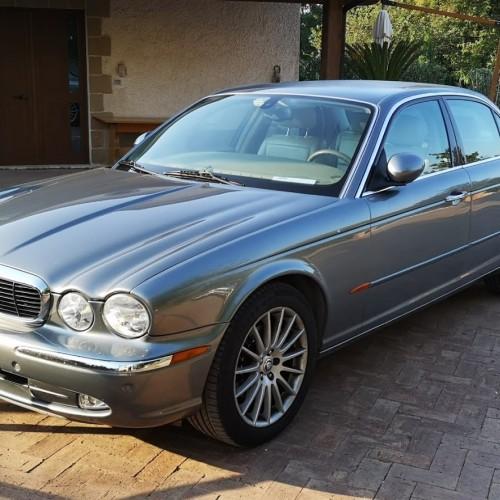 Noleggio auto matrimoni - Jaguar XJ - Auto d'epoca Matrimoni Roma
