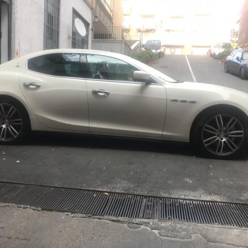 Noleggio auto matrimoni - Maserati Ghibli - Auto d'epoca Matrimoni Roma