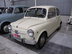 noleggio auto per matrimoni FIAT 600 FANALONE SU ROMA
